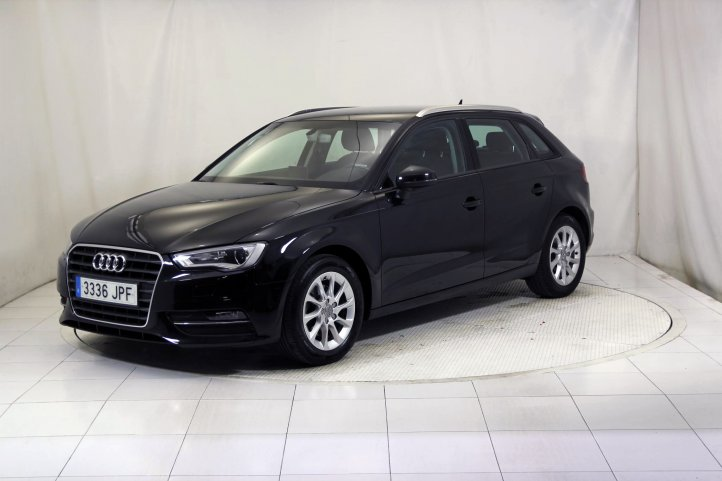 Audi A3 SPORTBACK 1.4 TFSI ATTRACTION de segunda mano - Frontal lateral izquierdo