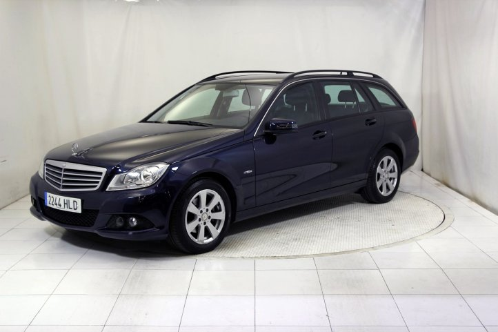 Mercedes-Benz Clase C ESTATE 200 CDI BLUE EFFICIENCY de segunda mano - Frontal lateral izquierdo