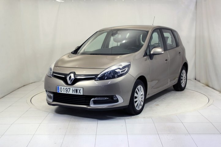 Renault Scenic 1.2 TCE 115 ENERGY AUTHENTIQUE de segunda mano - Frontal lateral izquierdo