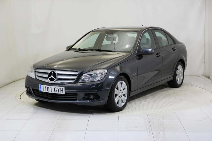 Mercedes-Benz C 200 CLASE C 200 CDI BLUE EFFICIENCY de segunda mano - Frontal lateral izquierdo