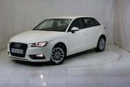 Audi A3 SPORTBACK 1.6 TDI ATTRACTION de segunda mano - Foto 2