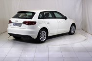 Audi A3 SPORTBACK 1.6 TDI ATTRACTION de segunda mano - Foto 6