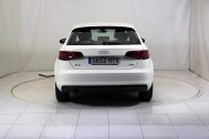 Audi A3 SPORTBACK 1.6 TDI ATTRACTION de segunda mano - Foto 7
