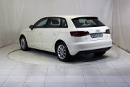 Audi A3 SPORTBACK 1.6 TDI ATTRACTION de segunda mano - Foto 8
