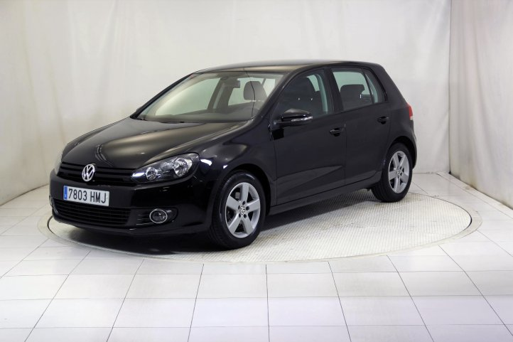 Volkswagen Golf 1.6 TDI ADVANCE RABBIT BMT de segunda mano - Frontal lateral izquierdo