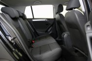 Volkswagen Golf 1.6 TDI ADVANCE RABBIT BMT de segunda mano - Foto 15