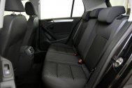 Volkswagen Golf 1.6 TDI ADVANCE RABBIT BMT de segunda mano - Foto 19