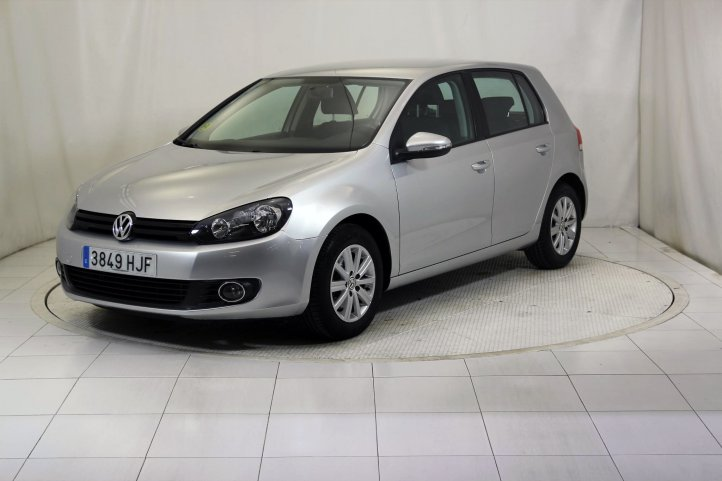 Volkswagen Golf 1.6 TDI 105 ADVANCE RABBIT BMT 5P de segunda mano - Frontal lateral izquierdo